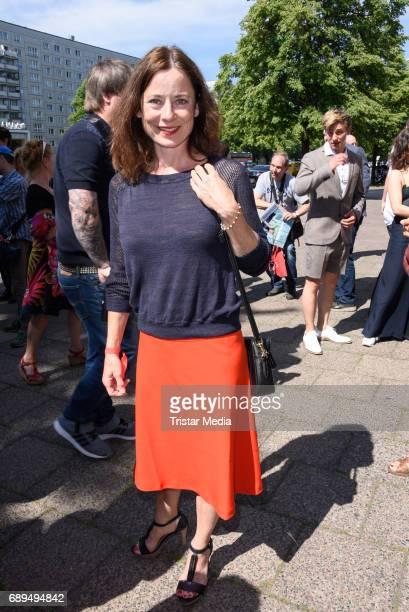 Inka Friedrich attends the premiere 'In Zeiten des abnehmenden Lichts' on May 28 2017 in Berlin Germany