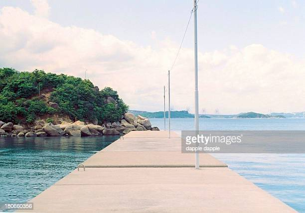 inlandsea port - 桟橋 ストックフォトと画像