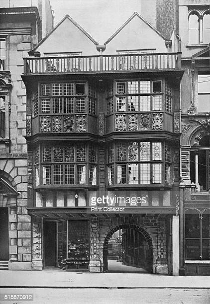 Inner Temple Gate House City of London circa 1900 Inner Temple Fleet Street is one of the four Inns of Court in central London associations which...