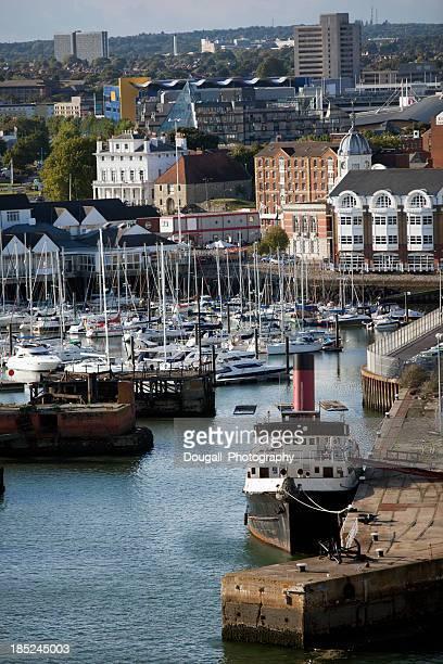 Intérieur Yacht dans le port de Southampton