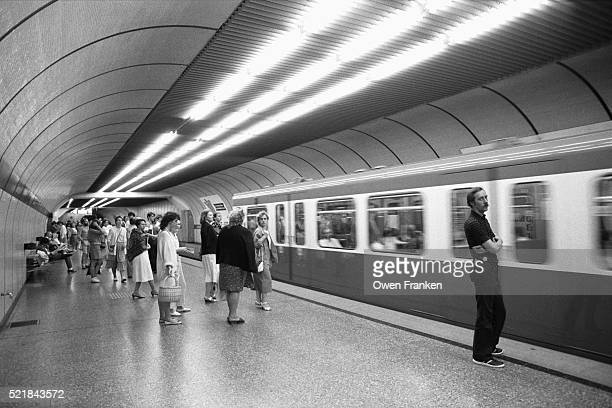 inside a u-bahn subway tunnel - u bahn stock pictures, royalty-free photos & images