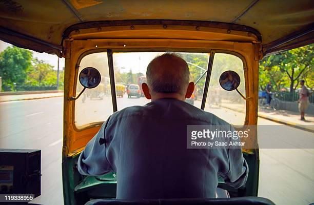 inside delhi auto rickshaw - auto rickshaw stock pictures, royalty-free photos & images