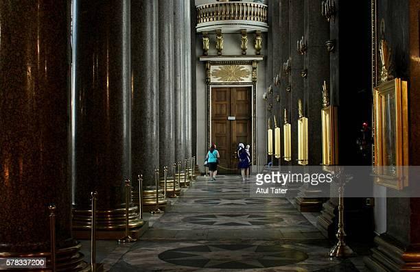 inside kazan cathedral - san pietroburgo foto e immagini stock