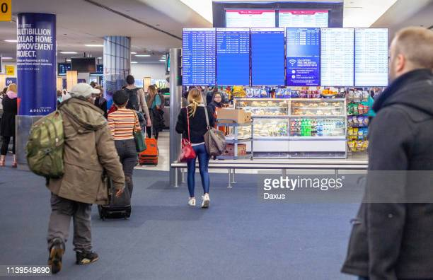 inside laguardia airport ny - laguardia airport stock pictures, royalty-free photos & images