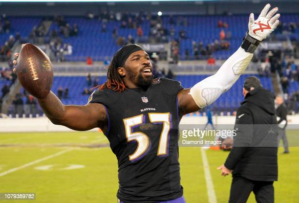 Inside linebacker CJ Mosley of the Baltimore Ravens celebrates after a game against the Cleveland Browns on December 30 2018 at MT Bank Stadium in...