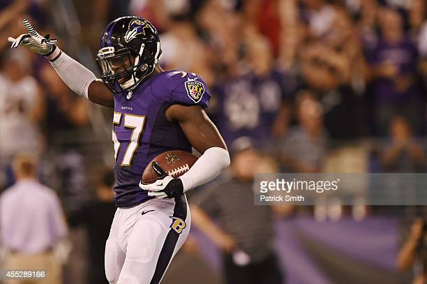 Inside linebacker CJ Mosley of the Baltimore Ravens celebrates his fumble recovery in the 4th quarter against the Pittsburgh Steelers at MT Bank...
