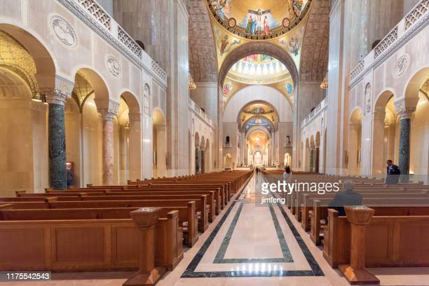 inside of basilica national shrine of the immaculate conception in washington dc, usa - basilica of the national shrine of the immaculate conception stock pictures, royalty-free photos & images