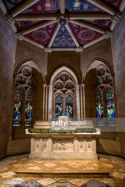 inside saint mary's cathedral church interior crypt tomb - クリプト ストックフォトと画像