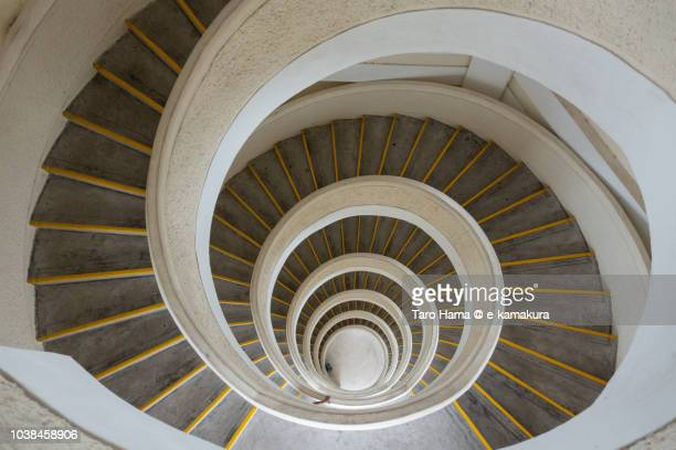 inside spiral steps of seven stories pagoda in chinese garden in jurong lake gardens - %e... ストックフォトと画像