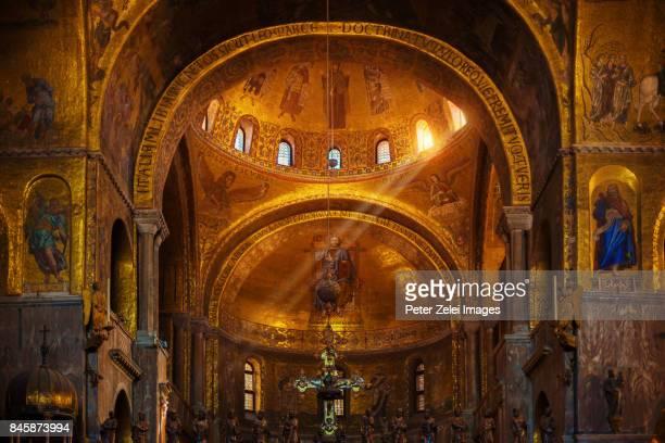 inside st. mark's cathedral, venice, italy - basilica di san marco foto e immagini stock