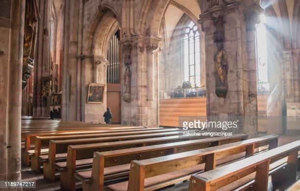 inside st. sebald church(sebalduskirche) in nuremberg city, germany, europe - nave stock pictures, royalty-free photos & images