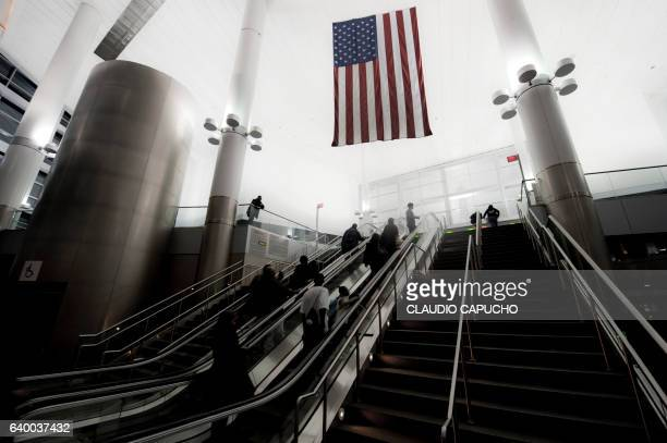 inside staten island ferry station - staten island ferry stock pictures, royalty-free photos & images