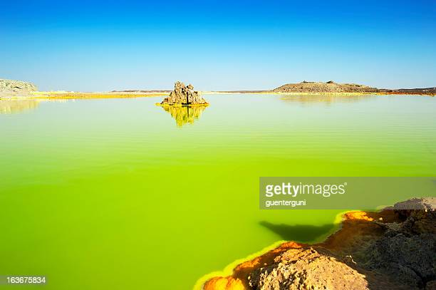 inside the explosion crater of dallol volcano, danakil depression, ethiopia - danakil depression stock pictures, royalty-free photos & images