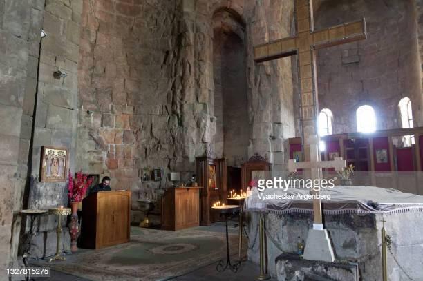 inside the jvari church, mtskheta - argenberg stock pictures, royalty-free photos & images