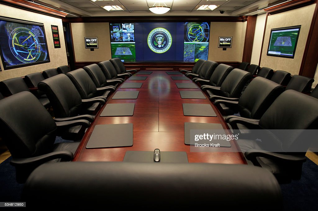 USA - Politics - White HOuse - Renovated Situation Room Pictures ...