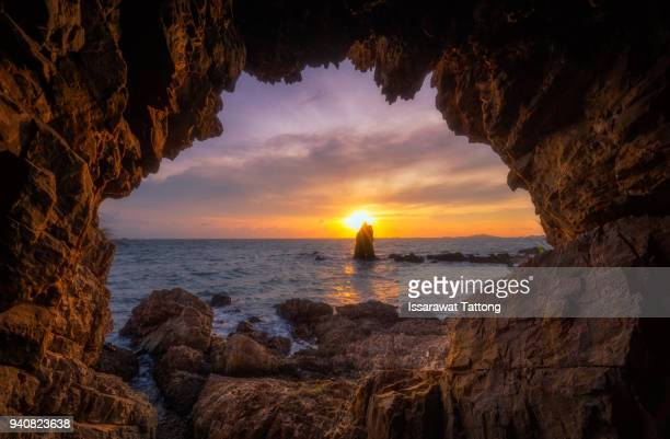inside view of grotto in coast. nature composition - kangaroo island stock photos and pictures
