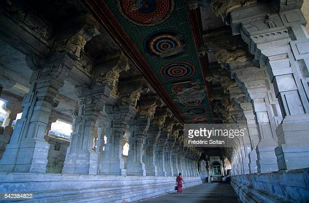 Inside view of the Ramanatha Swamy Temple