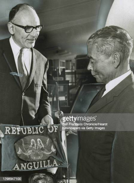 Insight21_Hinckley.jpgJuly 21, 1967 - Peter Tamaras, Acting Mayor of San Francisco, and Peter Adams, President of the Republic of Anguilla,...