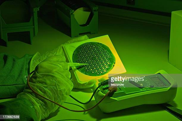 Inspecting a Silicon Wafer Under Green Light