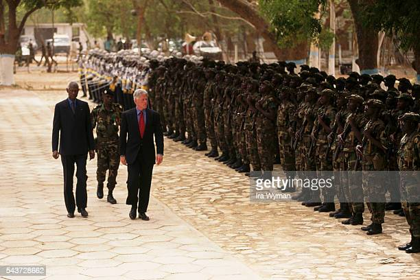 Inspection of troops on Goree Island by American President Bill Clinton and President of Senegal Abdou Diouf