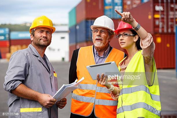 inspestions at commercial transport dock - inspector stock pictures, royalty-free photos & images