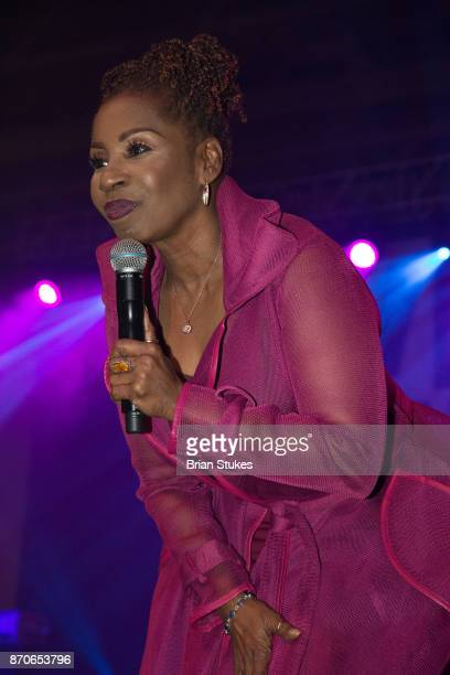 Inspirational speaker Iyanla Vanzant speaks on relationships during WPGC's 18th Annual For Sisters Only at Walter E Washington Convention Center on...