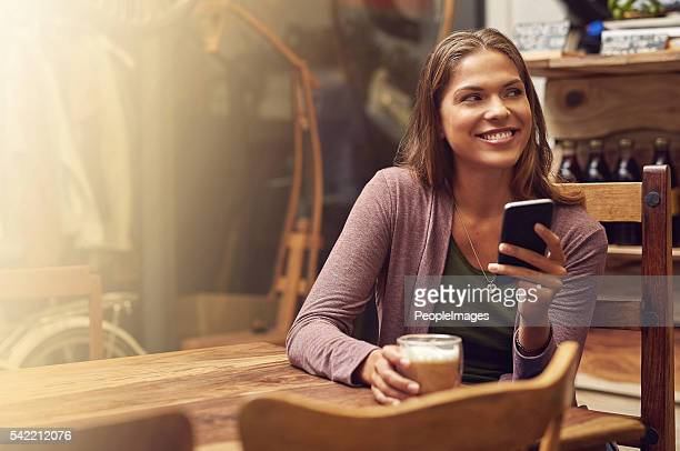 instante conexión instantánea y felicidad