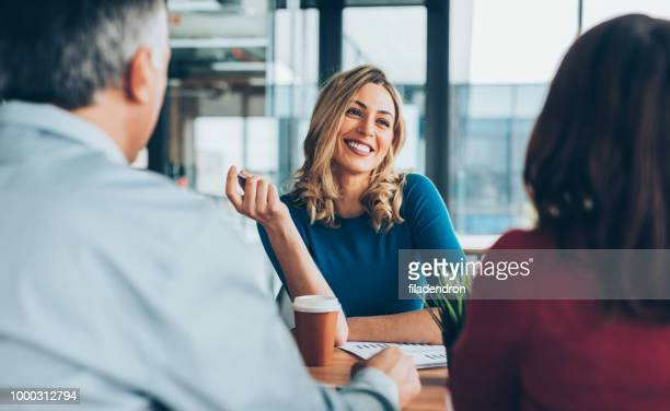 insurance agent - customer stock pictures, royalty-free photos & images