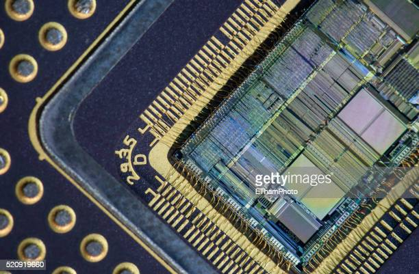 Intel 80486 microprocessor