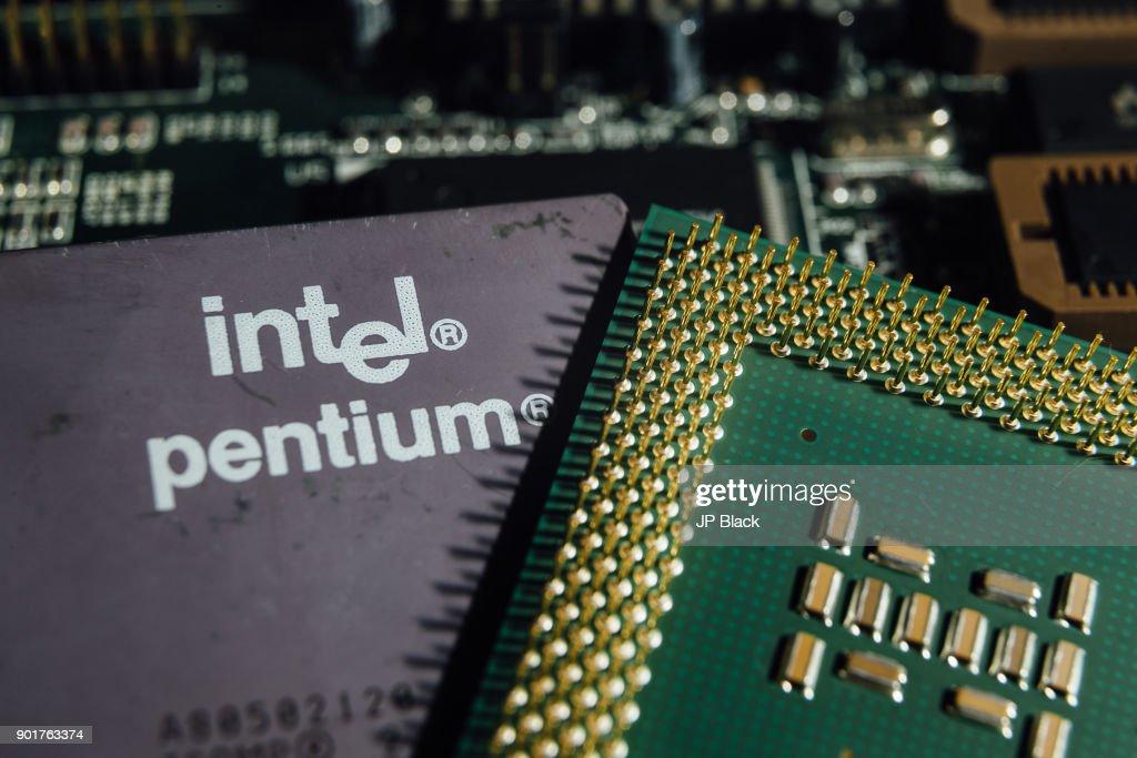 Intel Pentium CPU photographed after Intel revealed... : News Photo