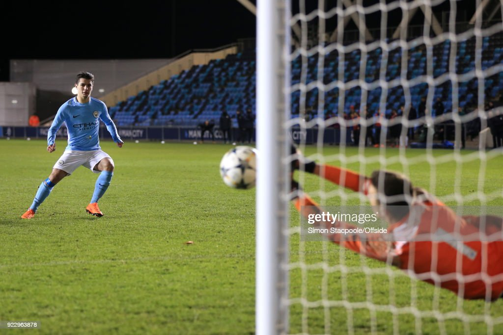 Inter goalkeeper Vladan Dekic saves a penalty from Brahim Diaz of Man City in the shootout during the UEFA Youth League Round of 16 match between Manchester City and Inter Milan at Manchester City Football Academy on February 20, 2018 in Manchester, England.