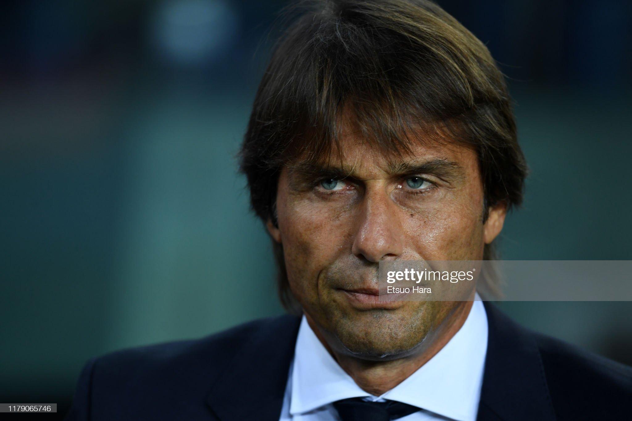 صور مباراة : برشلونة - إنتر 2-1 ( 02-10-2019 )  Inter-head-coach-antonio-conte-looks-on-prior-to-the-uefa-champions-picture-id1179065746?s=2048x2048