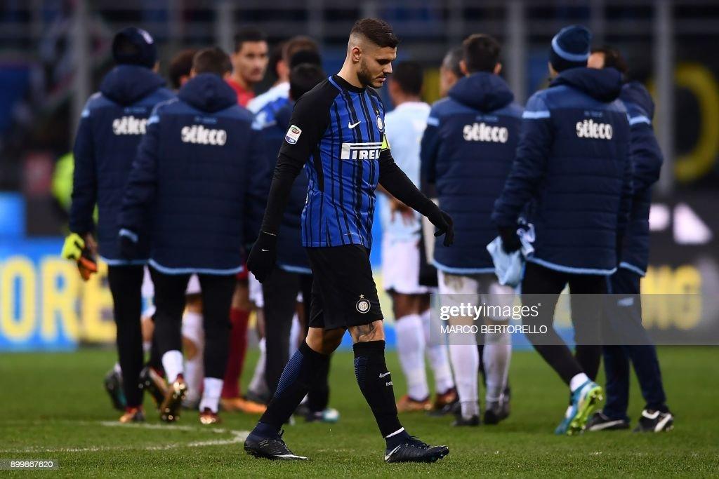 Inter Milan Argentinian forward Mauro Emanuel Icardi reacts during the Italian Serie A football match Inter Milan Vs Lazio on December 30, 2017 at 'San Siro Stadium' in Milan. /