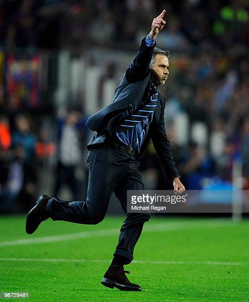 Inter Milan manager Jose Mourinho celebrates on the final whistle during the UEFA Champions League Semi Final Second Leg match between Barcelona and...