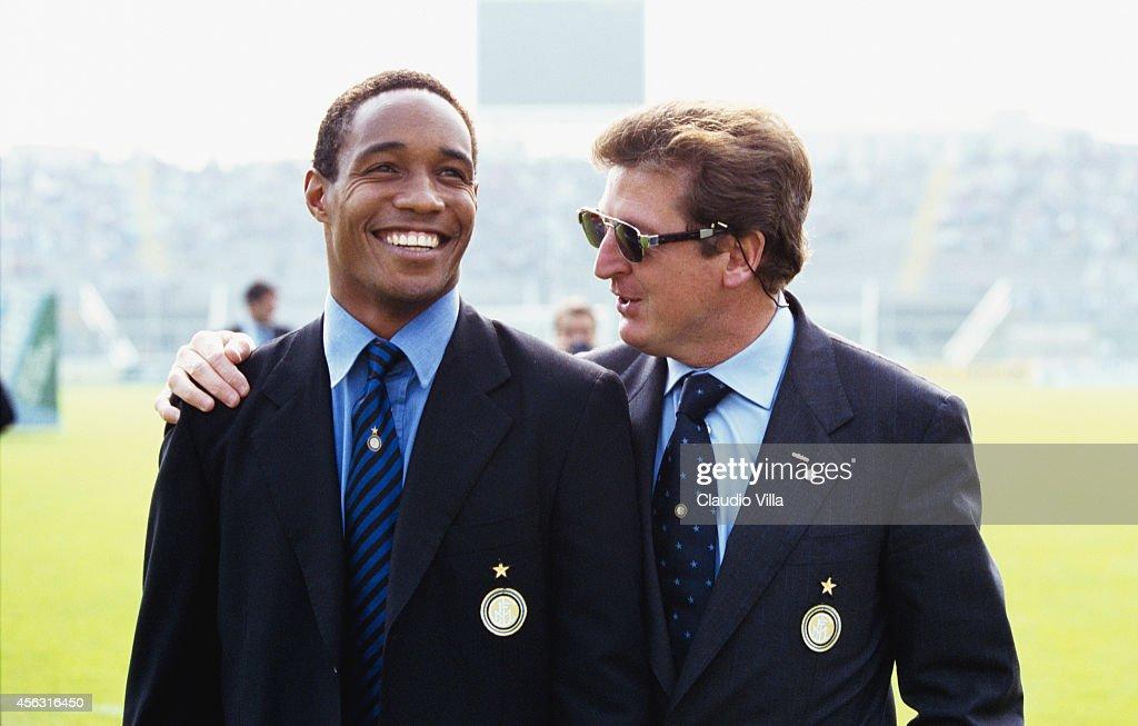Paul Ince and Roy Hodgson : News Photo