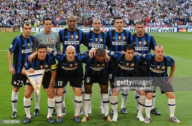 Inter Milan players pose before the UEFA Champions League final football match Inter Milan against Bayern Munich at the Santiago Bernabeu stadium in...
