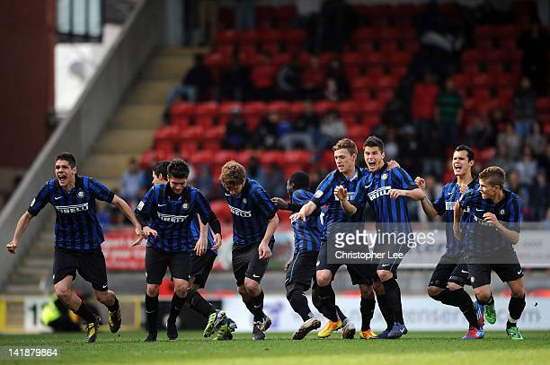 Inter Milan U19 celebrate after winning on penalties during the NextGen Series Final between Ajax U19 and Inter Milan U19 at Matchroom Stadium on...