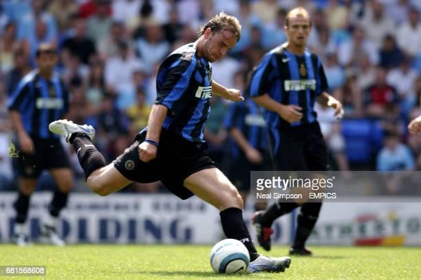 Inter Milan's Andy Van Der Meyde in action