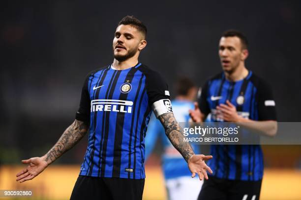 Inter Milan's Argentinian forward Mauro Icardi reacts during the Italian Serie A football match Inter Milan vs Napoli on March 11 2018 at the San...