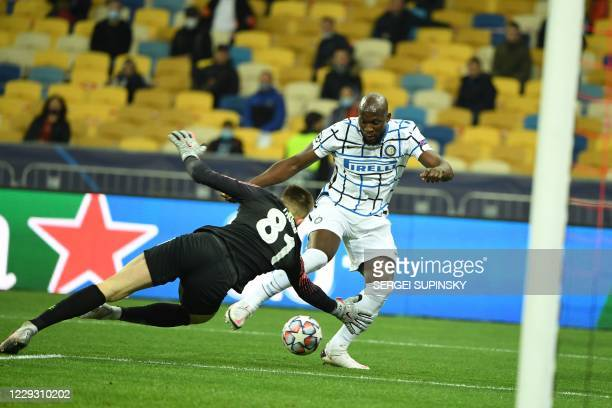 Inter Milan's Belgian forward Romelu Lukaku shoots but fails to score during the UEFA Champions League football match between Shakhtar Donetsk and...
