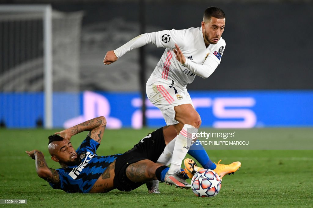 inter milan s chilean midfielder arturo vidal vies with real madrid s news photo getty images https www gettyimages com detail news photo inter milans chilean midfielder arturo vidal vies with real news photo 1229444265
