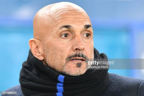 Inter Milan's head coach Luciano Spalletti looks on prior to the Italian Serie A Football match Chievo Verona vs Inter Milan at the...