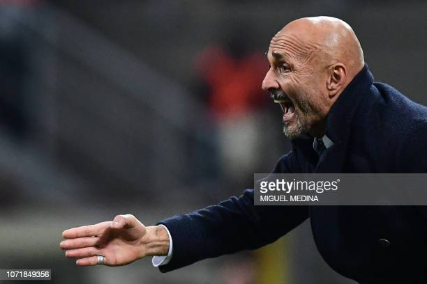 Inter Milan's head coach Luciano Spalletti shouts instructions during the UEFA Champions League group B football match Inter Milan vs PSV Eindhoven...