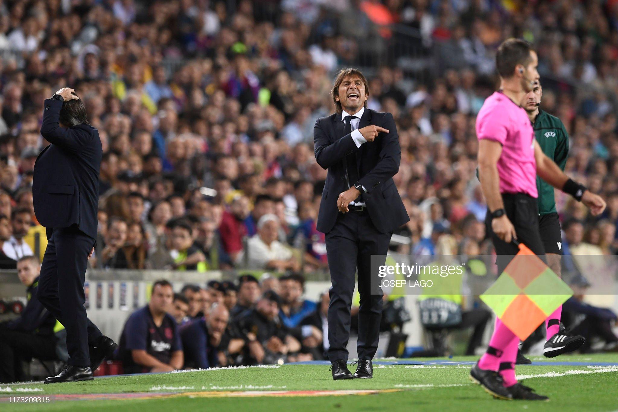 صور مباراة : برشلونة - إنتر 2-1 ( 02-10-2019 )  Inter-milans-italian-coach-antonio-conte-gestures-to-a-referee-during-picture-id1173209315?s=2048x2048