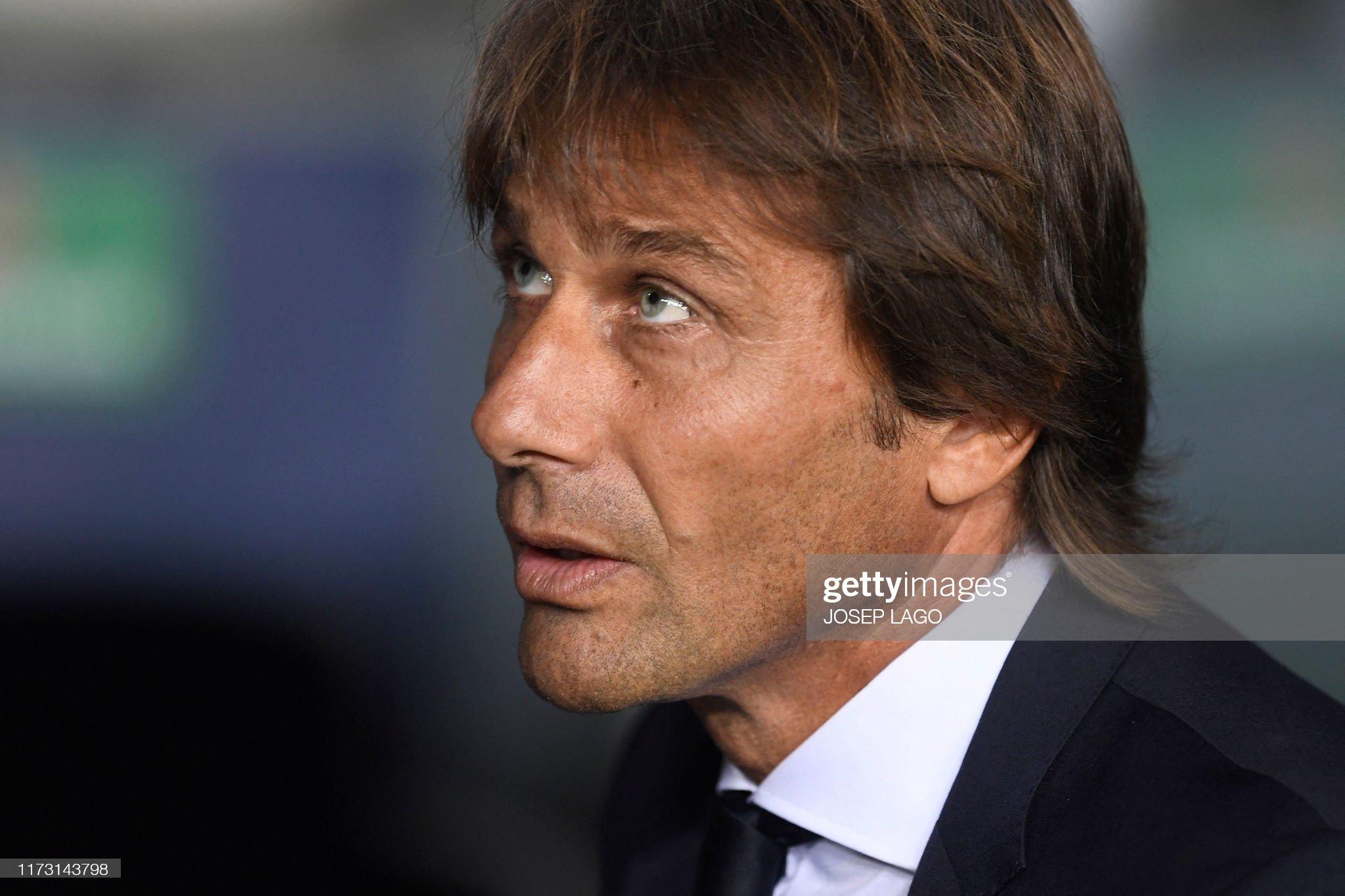 صور مباراة : برشلونة - إنتر 2-1 ( 02-10-2019 )  Inter-milans-italian-coach-antonio-conte-looks-on-before-the-uefa-picture-id1173143798?s=2048x2048