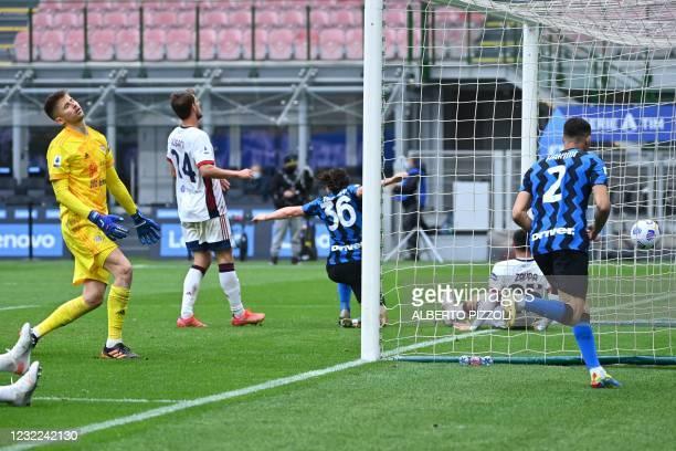 Inter Milan's Italian defender Matteo Darmian celebrates after opening the scoring during the Italian Serie A football match Inter Milan vs Cagliari...