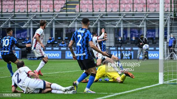 Inter Milan's Italian defender Matteo Darmian scores the opening goal during the Italian Serie A football match Inter Milan vs Cagliari on April 11,...