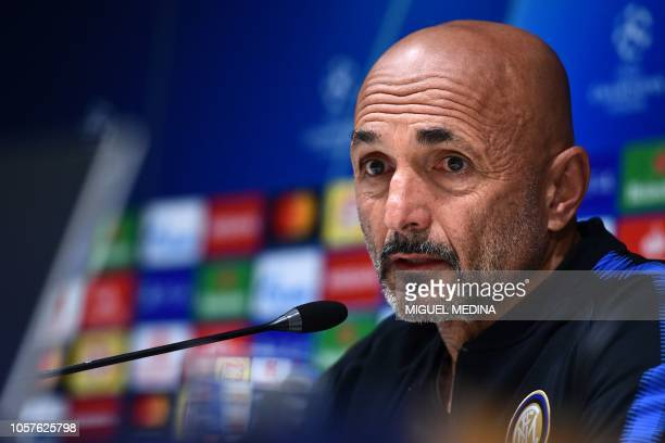 Inter Milan's Italian head coach Luciano Spalletti speaks during a press conference on November 5 2018 at the San Siro stadium in Milan on the eve of...
