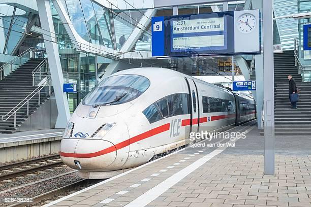 ice -intercity express- high speed train arriving at the station - arnhem stockfoto's en -beelden