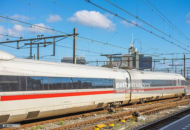 """ice -intercity express- high speed train arriving in amsterdam - """"sjoerd van der wal"""" stock pictures, royalty-free photos & images"""